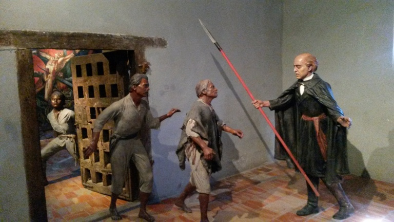 Father Hidalgo freeing the imprisoned slaves.
